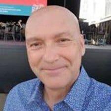 Perfil do utilizador de Paul
