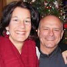 الملف الشخصي لRichard And Carol