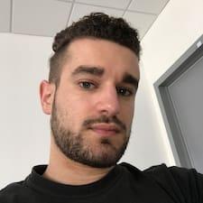 Profilo utente di Riccardo
