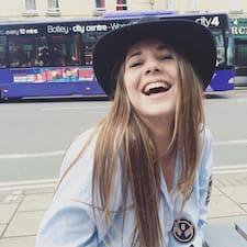 โพรไฟล์ผู้ใช้ Emma