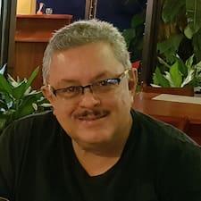 Perfil do usuário de Carlos E