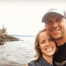 Profilo utente di Aaron And Jessica