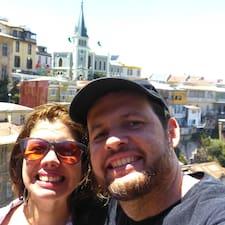 โพรไฟล์ผู้ใช้ Isabela Caldeira &