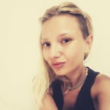 Andreea Beatrice felhasználói profilja