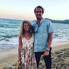 Courtney + Ryan - Uživatelský profil