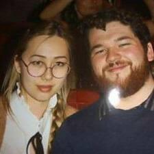 Josh And Emma Kullanıcı Profili