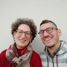 Henkilön Yiannis & Evi käyttäjäprofiili