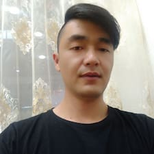 二宝 User Profile