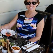 Julie3830