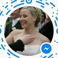 Rebecca的用戶個人資料