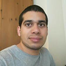 Roberto felhasználói profilja