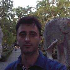 Cyrille felhasználói profilja