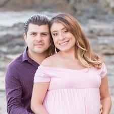 Profil Pengguna Erin And Ricardo