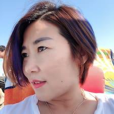 红 User Profile
