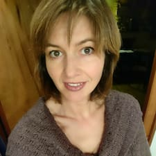 Profil Pengguna Angelique