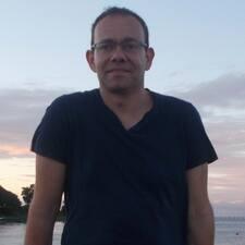 Profil Pengguna Jean-Michel