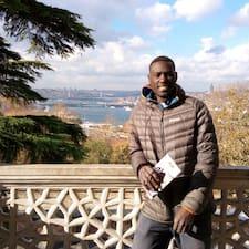 Elhadji felhasználói profilja
