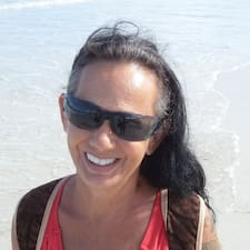 Profil Pengguna Joelle