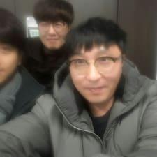Nutzerprofil von Hyo Min