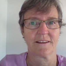 Profil Pengguna Darlene