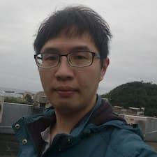 H.L felhasználói profilja