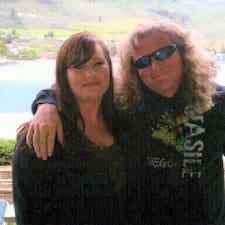 Johnny & Lyndi