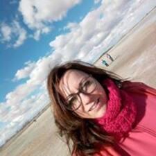 โพรไฟล์ผู้ใช้ Ana E.