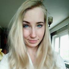 Vivianne User Profile