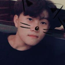 鸿堃 User Profile