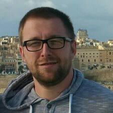 Artur felhasználói profilja