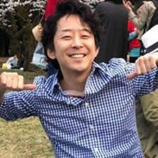โพรไฟล์ผู้ใช้ Jay Yujiro