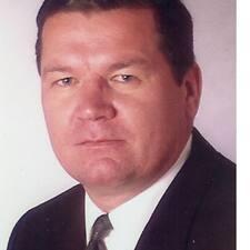 Profil Pengguna Hans-Peter