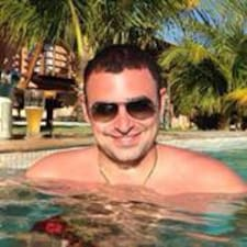 โพรไฟล์ผู้ใช้ José Roberto