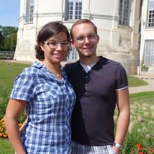 Anaïs Et Jean Francois is the host.