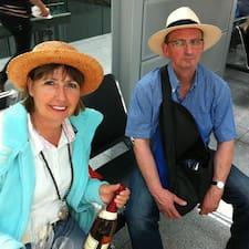 Susanne Und Matthias is the host.