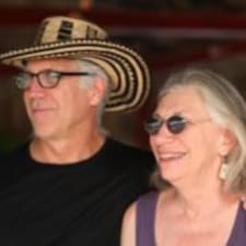 Matthew & Peggy Kullanıcı Profili