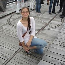 Ann-Karolin Brugerprofil