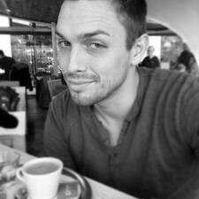 Alan felhasználói profilja