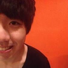易陞 User Profile