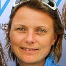 Profil Pengguna Anne-Claire