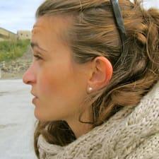 โพรไฟล์ผู้ใช้ Anna Marta