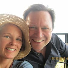 Profil Pengguna Scott & Lynda