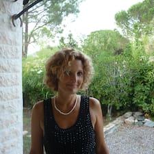 Francoise es el anfitrión.
