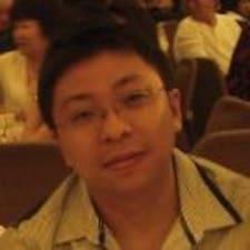 Nutzerprofil von Chun How