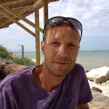 Michaël User Profile
