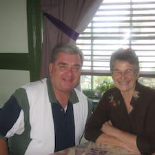 โพรไฟล์ผู้ใช้ Deborah & Richard