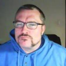 Profil Pengguna Corey