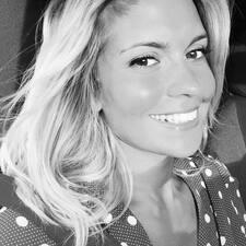 Profil korisnika Julie-Eléna