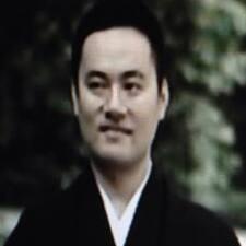 Nutzerprofil von Eiji