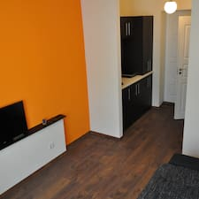 Orange Apartments User Profile